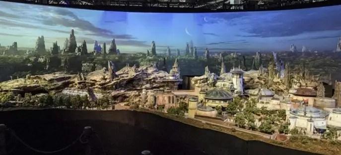 Star Wars Galaxy´s Edge en Disneyland y Walt Disney World