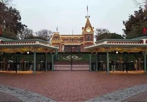 ¿Cuándo Abre Disneyland?