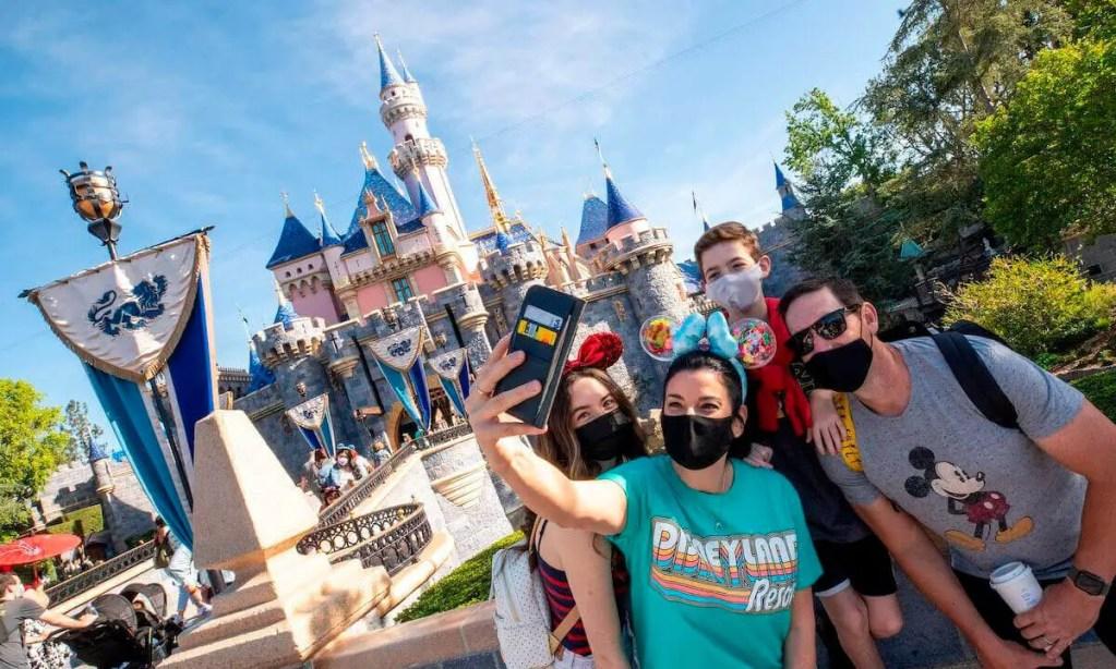 Tu Primer Viaje a Disneyland Paso por Paso