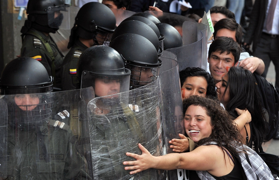 Colombia: Students Organize Against Law 30 (2/2)