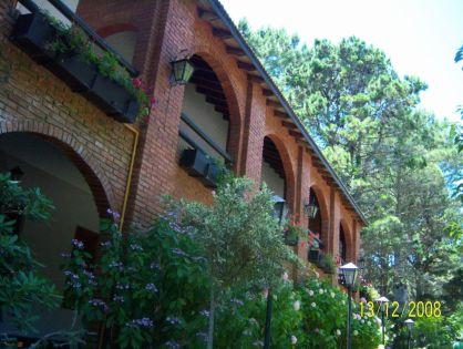 COSTA DEL ESTE: La Casona Planta Baja y Alta