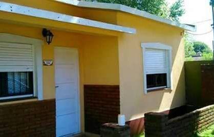 MAR DE AJO: Casa para 4/5 personas a 6 cuadras del mar