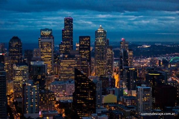 Downtown de Seattle de noche.