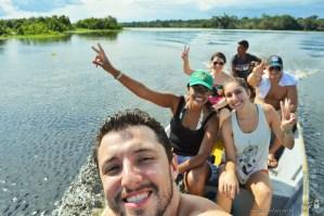 Passeio pela floresta amazônica