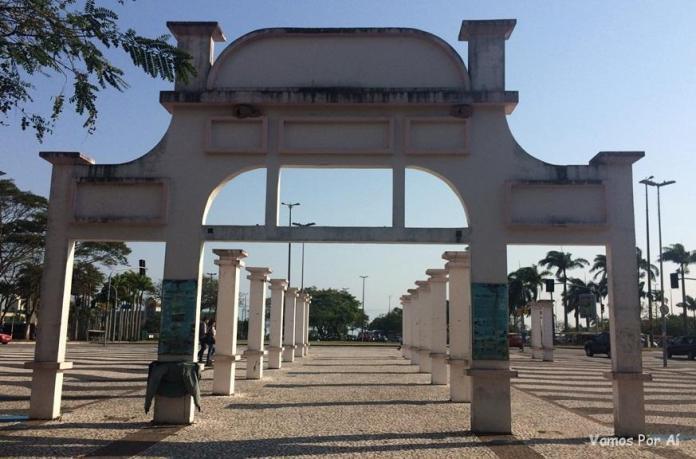 Memorial ao Miramar - Praça Fernando Machado