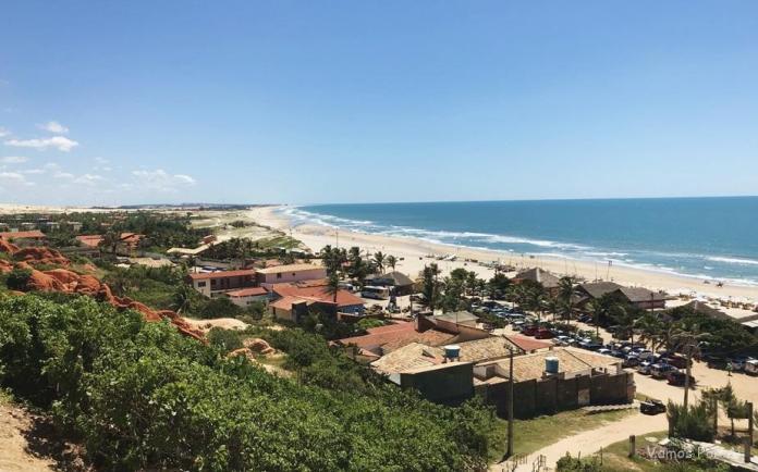 Praia de Morro Branco no Ceará, mirante da paraia de morro branco como é o passeio até morro branco