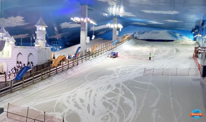 Pista de esqui e snowboard no Snowland em Gramado