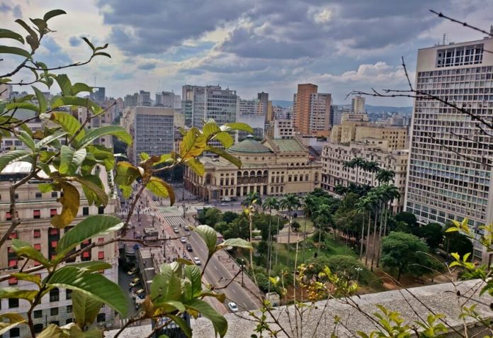 como são as visitas guiadas ao Edifício Matarazzo em São Paulo