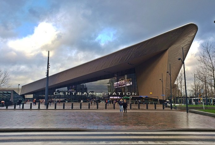 Estação Central de Roterdã, Estação Central de Rotterdam, estação de trem de rotterdam