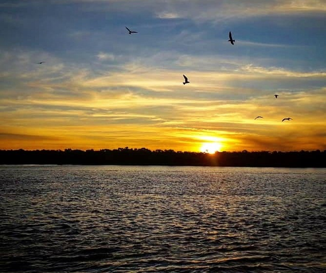 Pôr do sol no Rio Araguaia