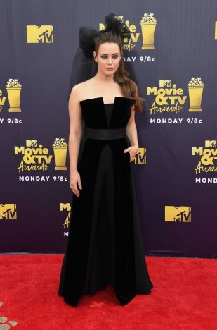 Katherine Langford @ MTV Movie&TV Awards