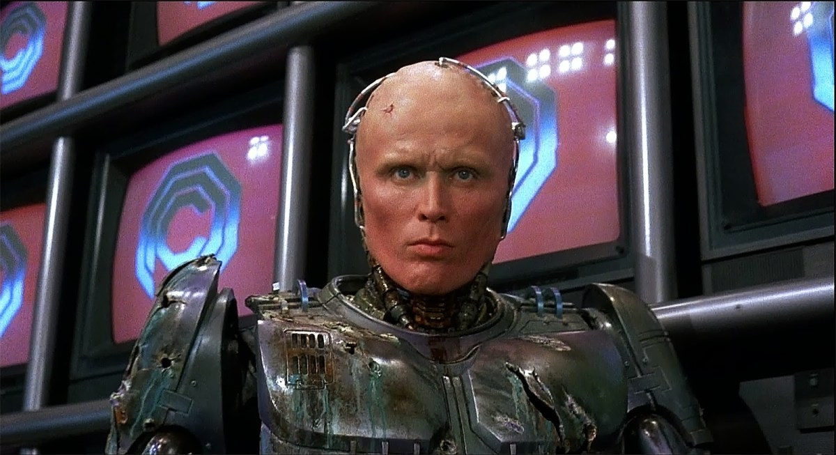 Neill Blomkamp Wants Peter Weller for 'Robocop' Sequel