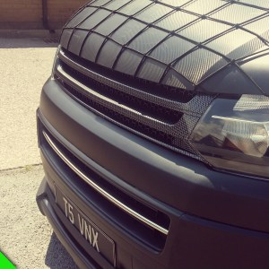 SILVER CARBON Badgeless Grille for Volkswagen T5.1 *CLEARANCE* [B Grade] -7142
