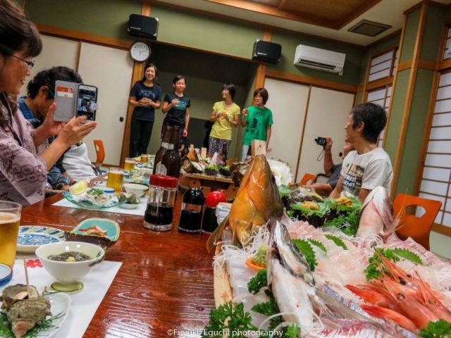 シマノ鈴鹿チームTT女子の優勝メンバーが乾杯~!