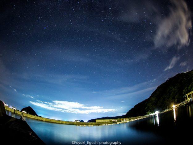 世久見漁港からの星空 (Canon EOS6D + SIGMA 15mm F2.8 EX FISHEYE)