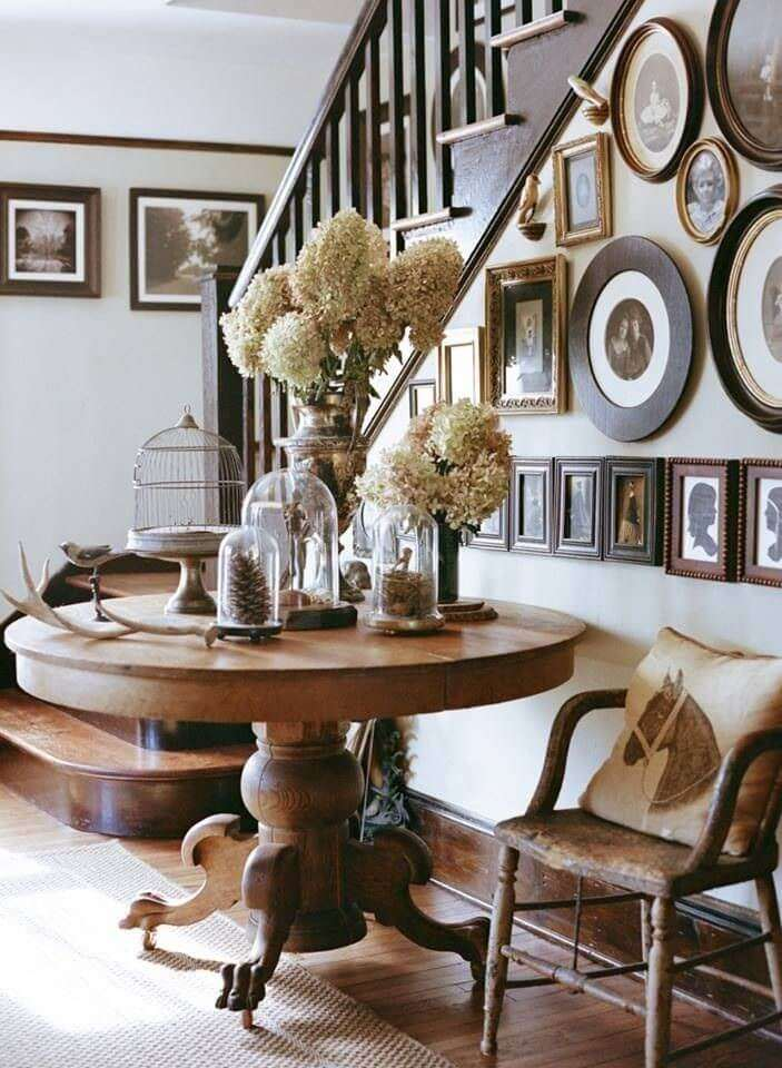 Round Entry Table Ideas