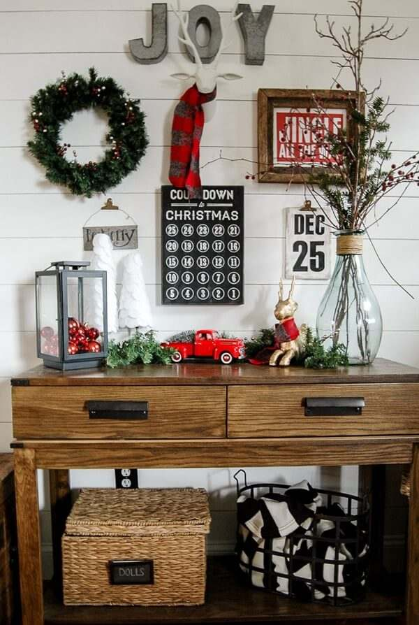 Christmas Entry Table Idea