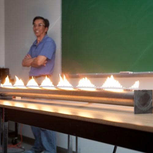 Kwantlen Polytechnique University: Ruben's tube