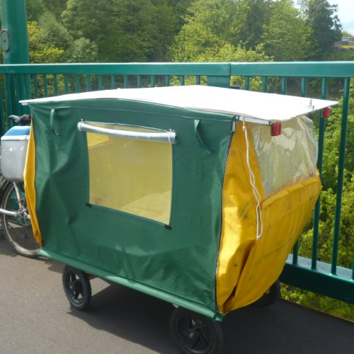 Richard Johns: Folding Camper Trailer for Bicycle