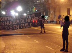 Blocking the street in solidarity, Buenos Aires