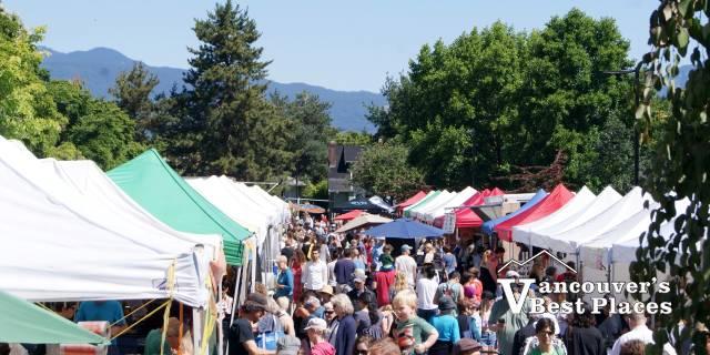 Kitsilano Market Crowds