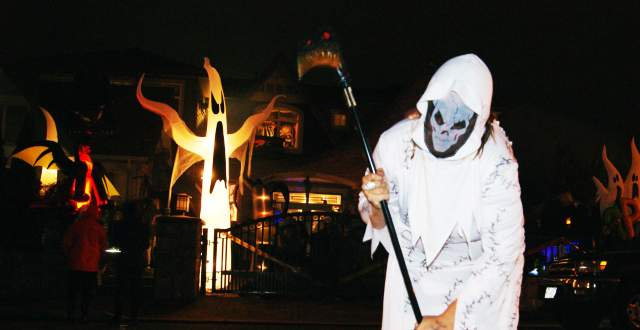 Belmont Haunted House Grim Reaper Character
