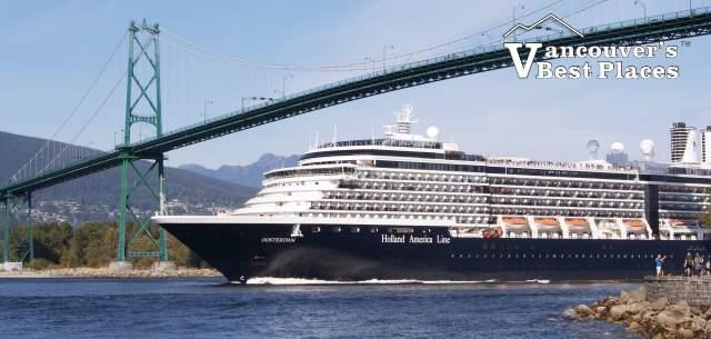 Stanley Park Cruise Ship at Lions Gate Bridge