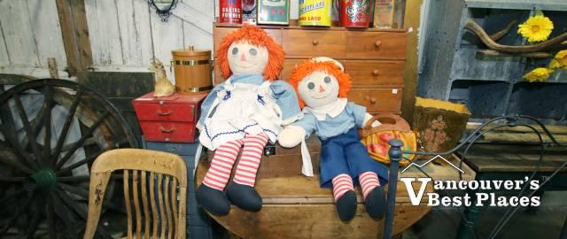Raggedy Ann Dolls at Vintage Market