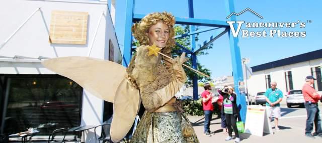 Golden Fairy Busker