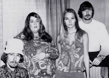 Dancing In The Street by The Mamas & The Papas