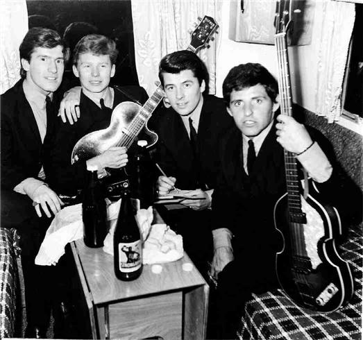 Ain't That Just Like Me by the Searchers