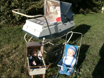 Leeway and Cyclops prams and push chairs
