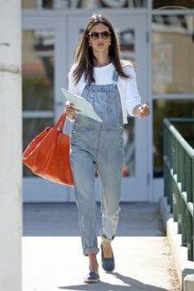 94116, **EXCLUSIVE** LOS ANGELES, CALIFORNIA - Thursday April 11, 2013. Alessandra Ambrosio rocks a pair of gray overalls and white sweater as she heads out of a Los Angeles school. Photograph: KVS/Pedro Andrade, © PacificCoastNews.com **FEE MUST BE AGREED PRIOR TO USAGE** **E TABLET/IPAD & MOBILE PHONE APP PUBLISHING REQUIRES ADDITIONAL FEES** LOS ANGELES OFFICE: 1 310 822 0419 LONDON OFFICE: +44 208 090 4079