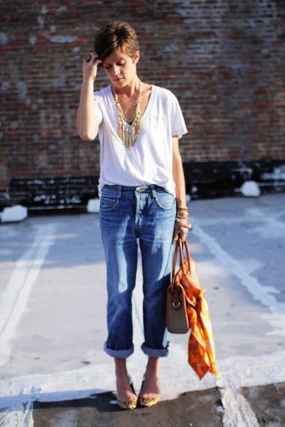 vintage-jordache-jeans-white-gap-t-shirt_400
