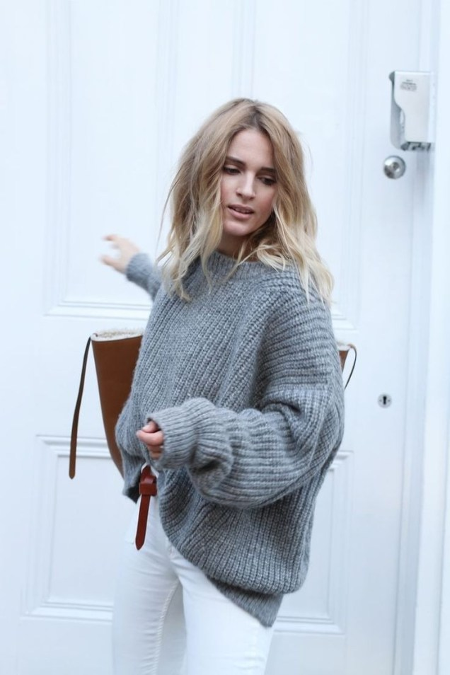 19-ways-to-wear-a-fall-sweater-now-street-style-looks-1