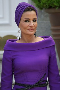 MADRID, SPAIN - APRIL 25: Sheikha Mozah Bint Nasser Al-Missned arrives for Lunch at El Pardo Palace on April 25, 2011 in Madrid, Spain. The Emir of the State of Qatar Sheikh Hamad Bint Khalifa Al-Thani and his wife Sheikha Moza Bint Nasser Al-Missned are on an official visit to Spain. (Photo by Carlos Alvarez/Getty Images) *** Local Caption *** Sheikha Mozah Bint Nasser Al-Missned;