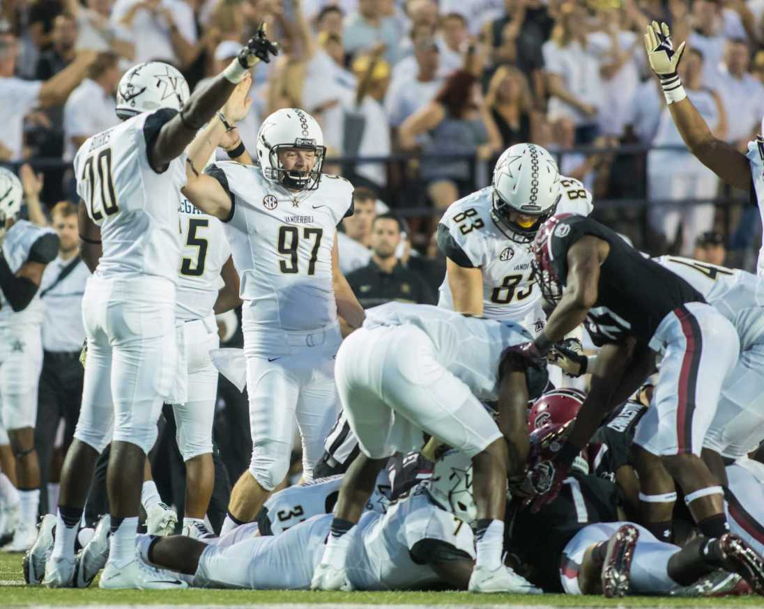 Vanderbilt recovers a fumble as Vanderbilt lost against the South Carolina Gamecocks 13-10 at Vanderbilt Stadium September 1, 2016.