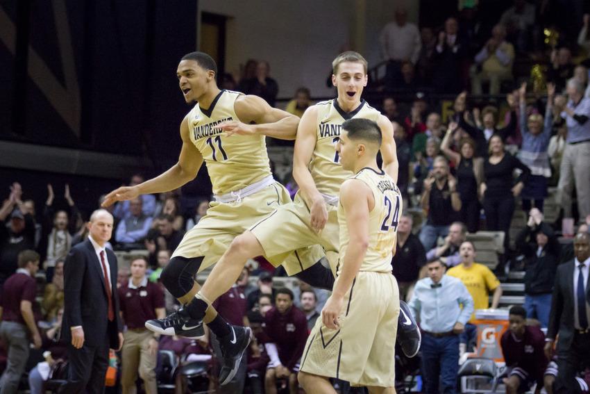 Biggest comeback in Calipari era keeps Kentucky's SEC home winning streak alive