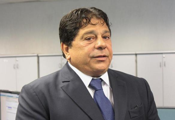Presidente Ricardo Marcelo anunciou a medida