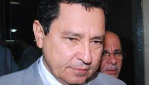 An�sio Maia voltou a atacar o empres�rio Roberto Santiago