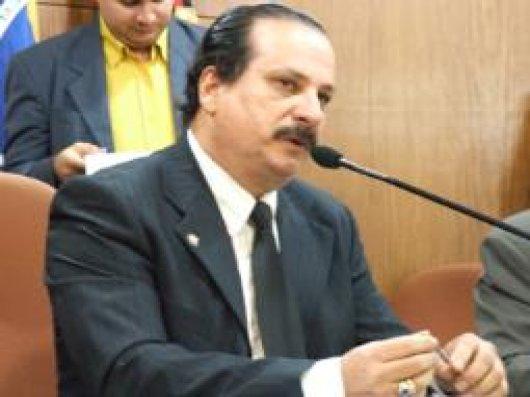 Durval Ferreira deve ser reeleito presidente (imagem da internet)