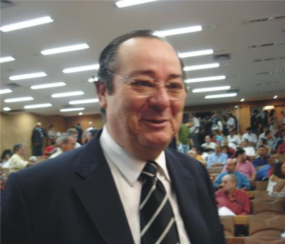Conselheiro Arthur Cunha Lima foi relator do processo