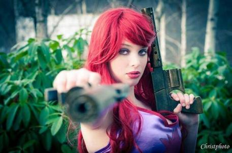 By: Christphoto Cosplayer: Yoru Cosplay Miss fortune