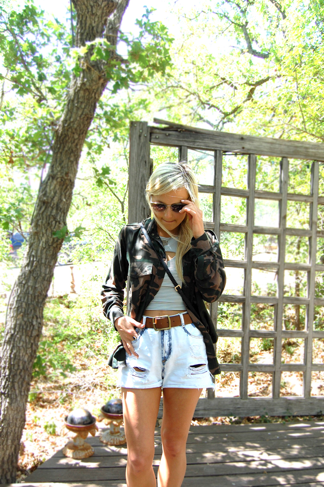 2-camo-stripes-vandi-fair-lauren-vandiver-fashion-blog-texas-blogger1