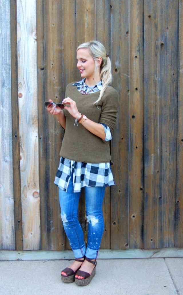1-necklace-giveaway-light-layers-fall-fashion-plaid-gingham-blog-blogger-vandi-fair-lauren-vandiver