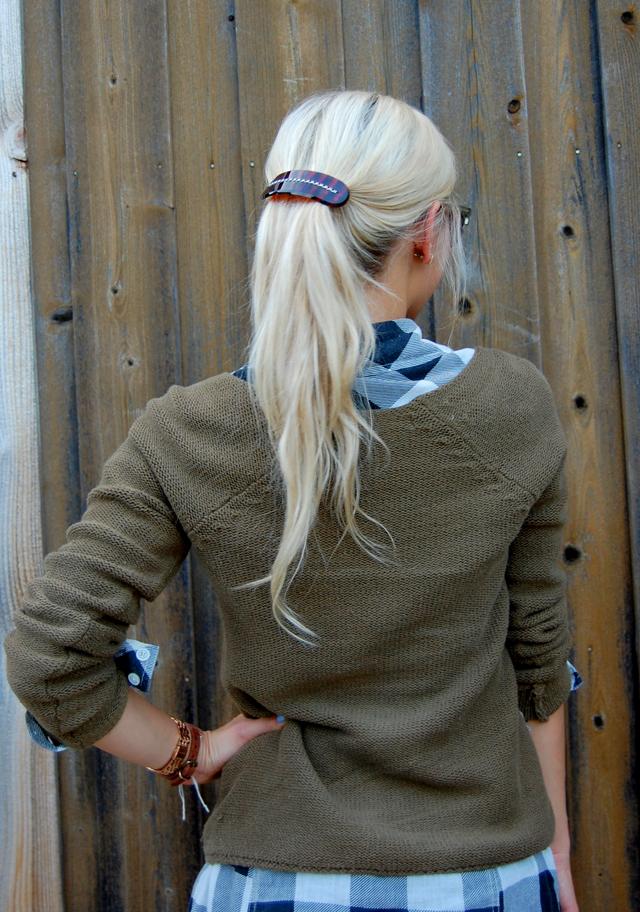 20-necklace-giveaway-light-layers-fall-fashion-plaid-gingham-blog-blogger-vandi-fair-lauren-vandiver