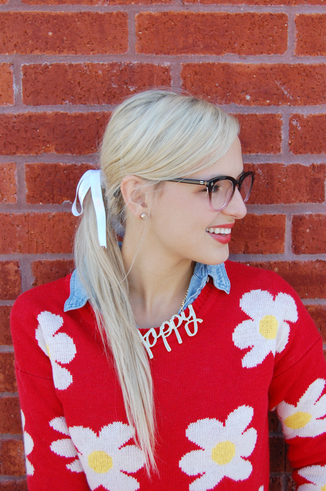 3-happy-prep-necklace-daisy-sweater-blogger-fashion-vandi-fair-lauren-vandiver