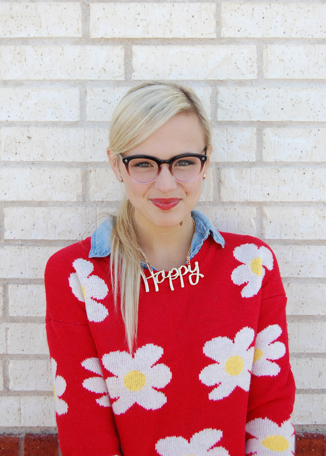 7-happy-prep-necklace-daisy-sweater-blogger-fashion-vandi-fair-lauren-vandiver