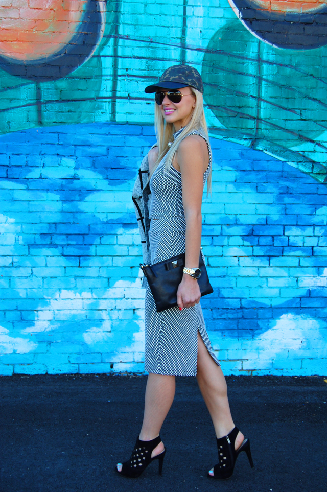 Colorful Dallas Fashion Blogger