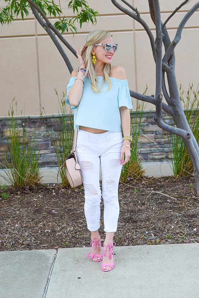vandi-fair-blog-lauren-vandiver-dallas-texas-southern-fashion-blogger-topshop-light-blue-livi-off-the-shoulder-top-vigoss-destroyed-white-skinny-jeans-sam-edelman-azela-tassel-sandals-3